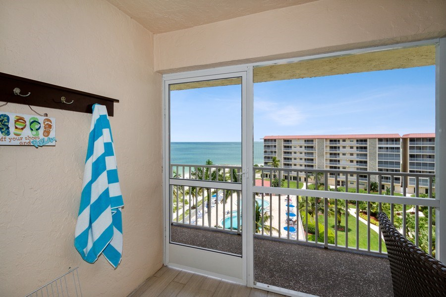 Real Estate Photography - 25750 Hickory, Unit PH 758-E, Bonita Springs, FL, 34134 - Porch