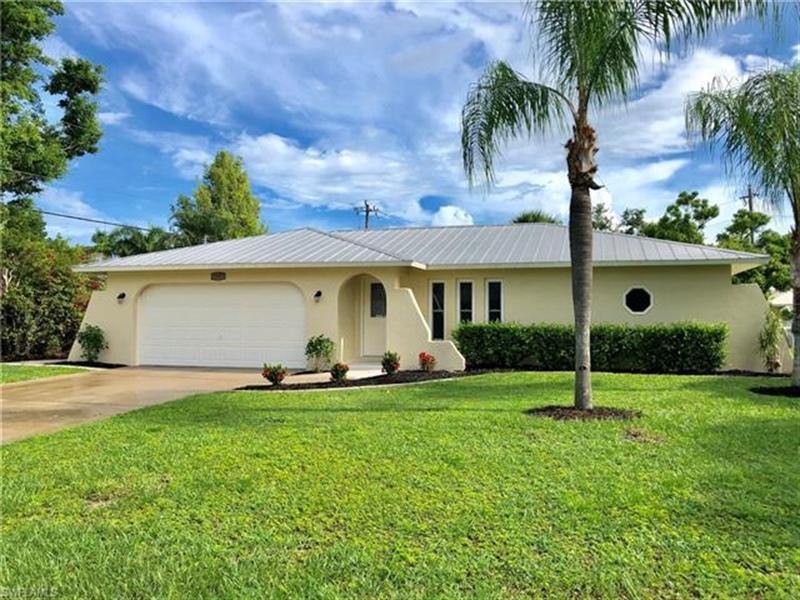 Real Estate Photography - 2107 SE 11th St, # 2107, Cape Coral, FL, 33990 - Location 1