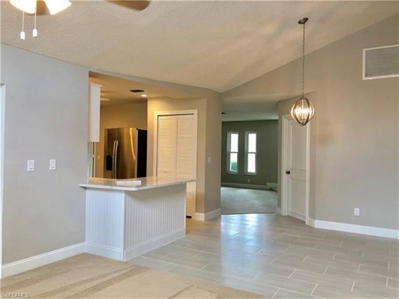 Real Estate Photography - 2107 SE 11th St, # 2107, Cape Coral, FL, 33990 - Location 6