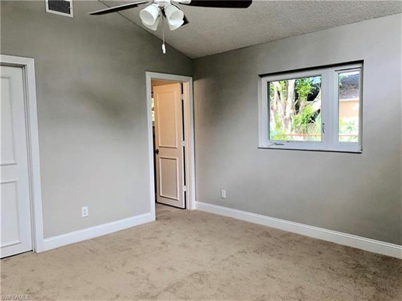 Real Estate Photography - 2107 SE 11th St, # 2107, Cape Coral, FL, 33990 - Location 12