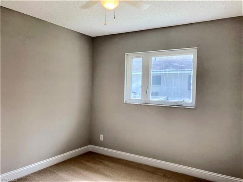 Real Estate Photography - 2107 SE 11th St, # 2107, Cape Coral, FL, 33990 - Location 20