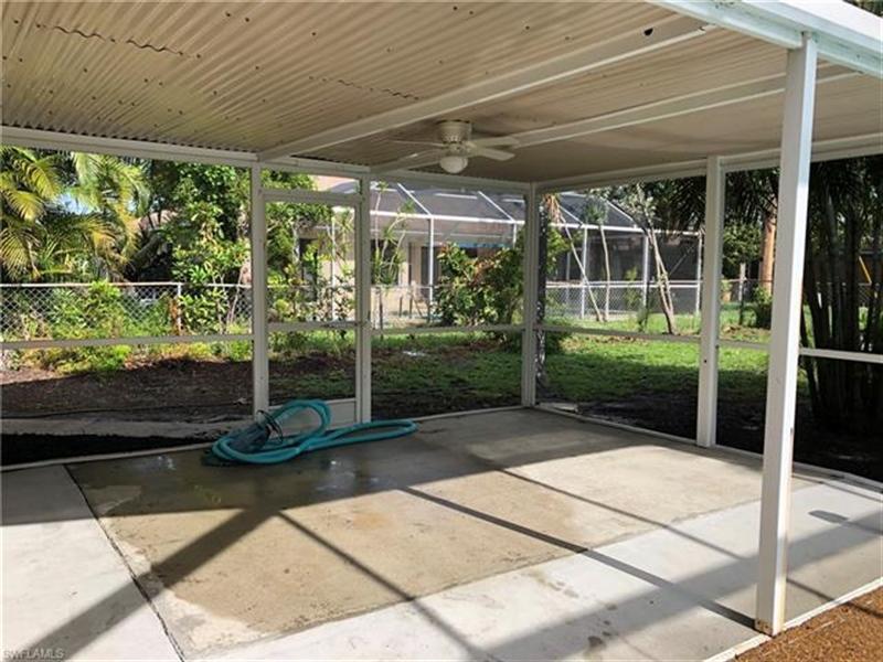 Real Estate Photography - 2107 SE 11th St, # 2107, Cape Coral, FL, 33990 - Location 26