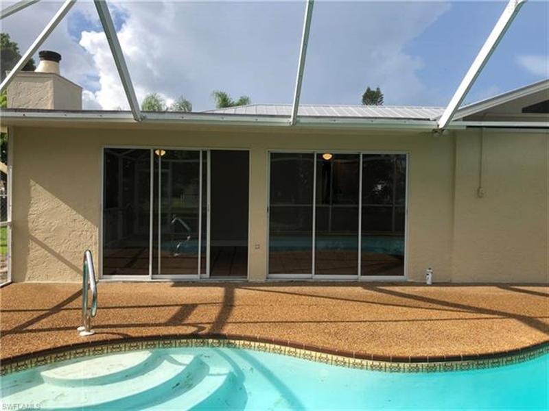 Real Estate Photography - 2107 SE 11th St, # 2107, Cape Coral, FL, 33990 - Location 27