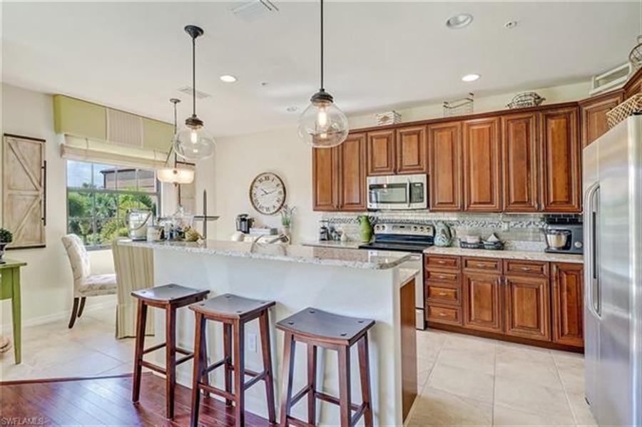Real Estate Photography - 8989 Cambria CIR 1807 8989, NAPLES, FL, 34113 - Location 9