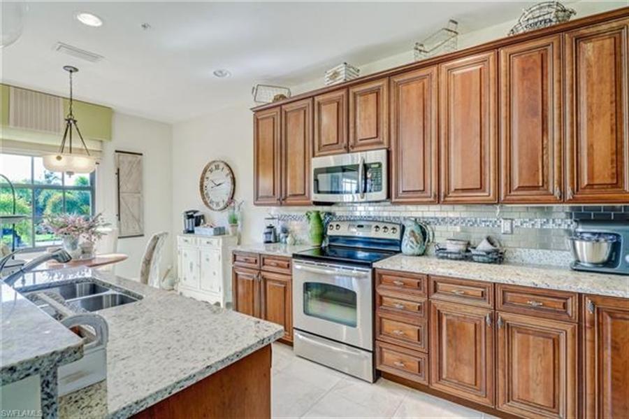 Real Estate Photography - 8989 Cambria CIR 1807 8989, NAPLES, FL, 34113 - Location 10