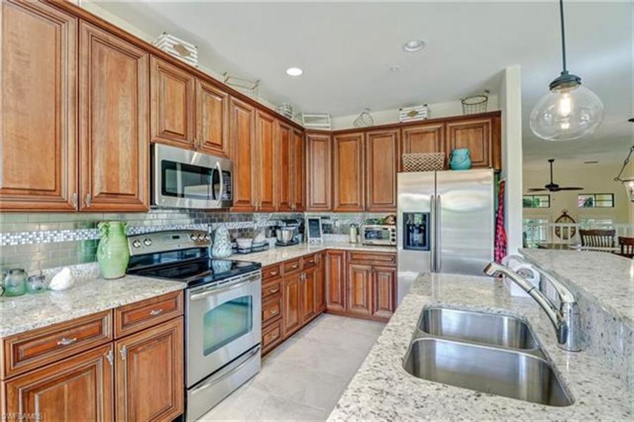 Real Estate Photography - 8989 Cambria CIR 1807 8989, NAPLES, FL, 34113 - Location 12