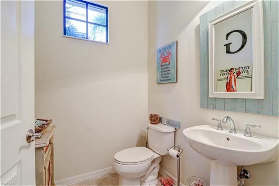 Real Estate Photography - 8989 Cambria CIR 1807 8989, NAPLES, FL, 34113 - Location 13