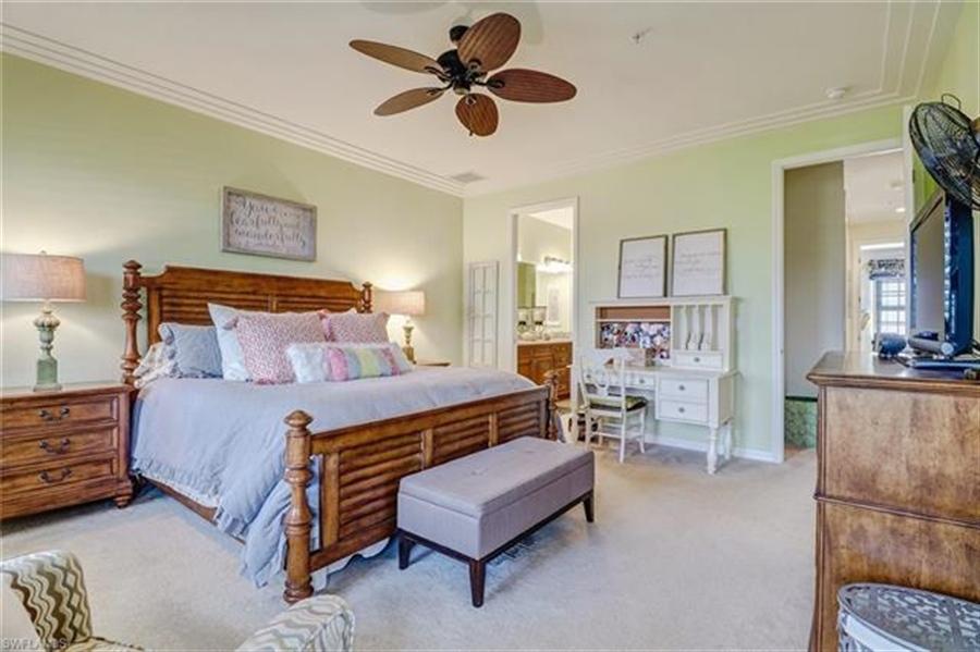 Real Estate Photography - 8989 Cambria CIR 1807 8989, NAPLES, FL, 34113 - Location 17