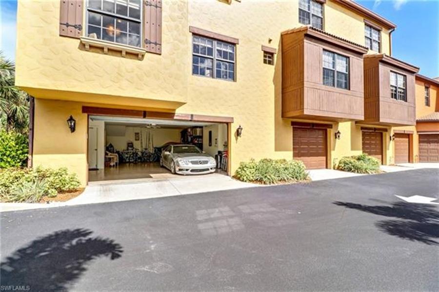 Real Estate Photography - 8989 Cambria CIR 1807 8989, NAPLES, FL, 34113 - Location 24