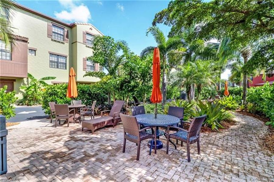 Real Estate Photography - 8989 Cambria CIR 1807 8989, NAPLES, FL, 34113 - Location 26