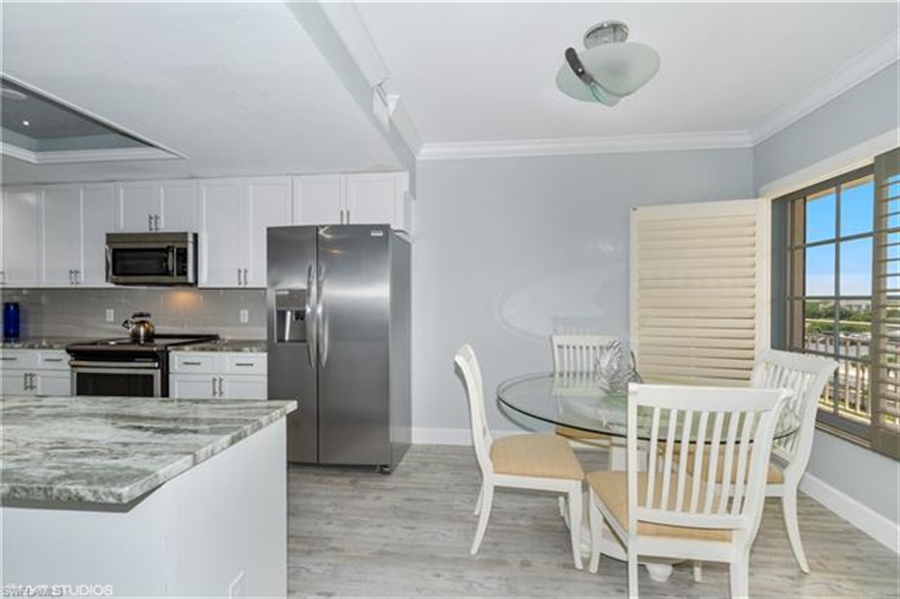 Real Estate Photography - 13105 Vanderbilt DR 707 13105, NAPLES, FL, 34110 - Location 7