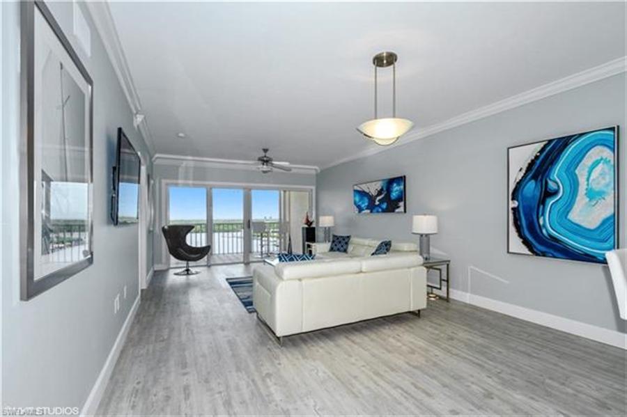 Real Estate Photography - 13105 Vanderbilt DR 707 13105, NAPLES, FL, 34110 - Location 11