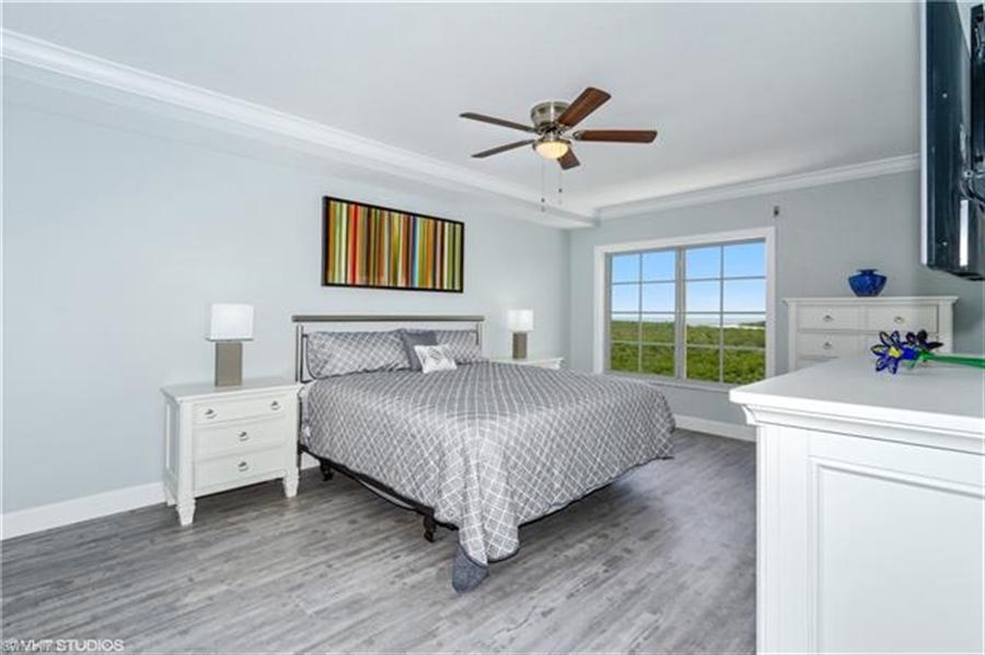 Real Estate Photography - 13105 Vanderbilt DR 707 13105, NAPLES, FL, 34110 - Location 13