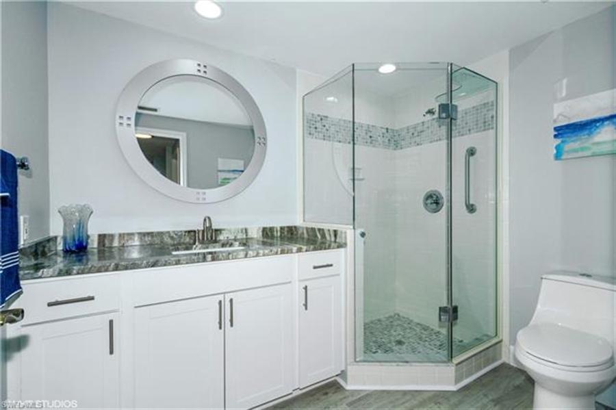 Real Estate Photography - 13105 Vanderbilt DR 707 13105, NAPLES, FL, 34110 - Location 22