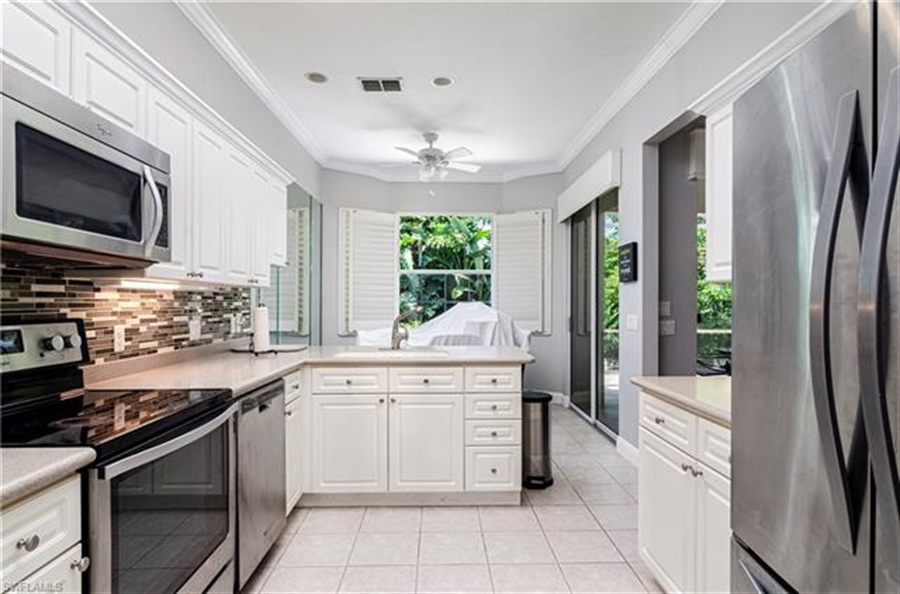 Real Estate Photography - 1163 Imperial Dr, # 1163, Naples, FL, 34110 - Location 9