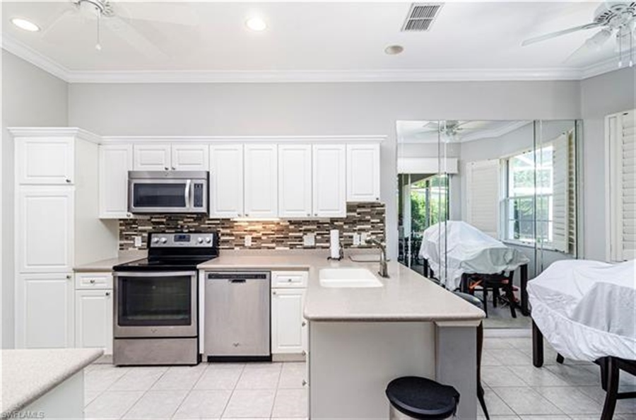 Real Estate Photography - 1163 Imperial Dr, # 1163, Naples, FL, 34110 - Location 11
