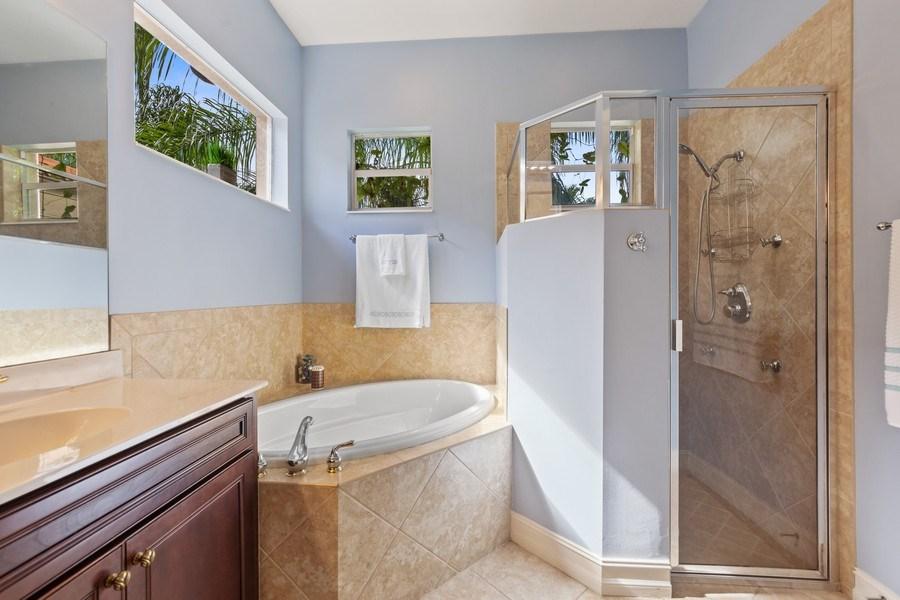 Real Estate Photography - 6061 Divot Ct, Naples, FL, 34113 - Master Bathroom