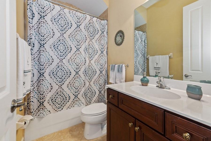 Real Estate Photography - 6061 Divot Ct, Naples, FL, 34113 - 2nd Bathroom