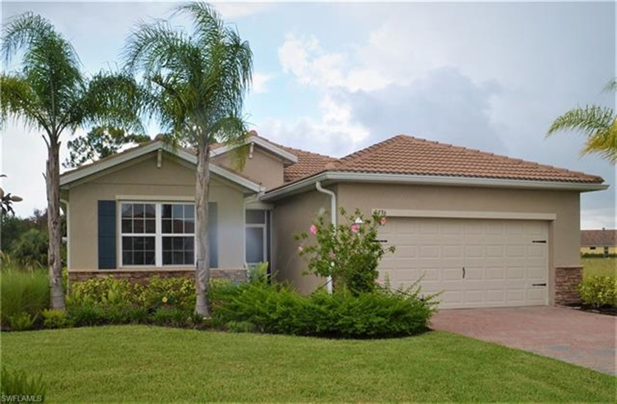 Real Estate Photography - 3236 Birchtree Ln, # 3236, Alva, FL, 33920 - Location 1
