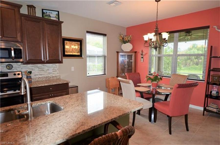 Real Estate Photography - 3236 Birchtree Ln, # 3236, Alva, FL, 33920 - Location 9