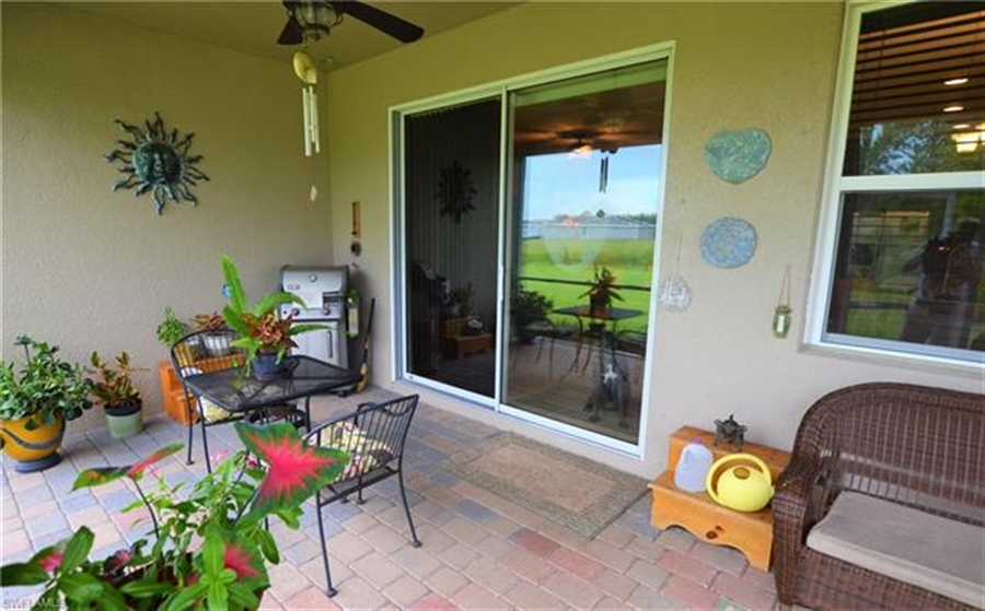 Real Estate Photography - 3236 Birchtree Ln, # 3236, Alva, FL, 33920 - Location 11