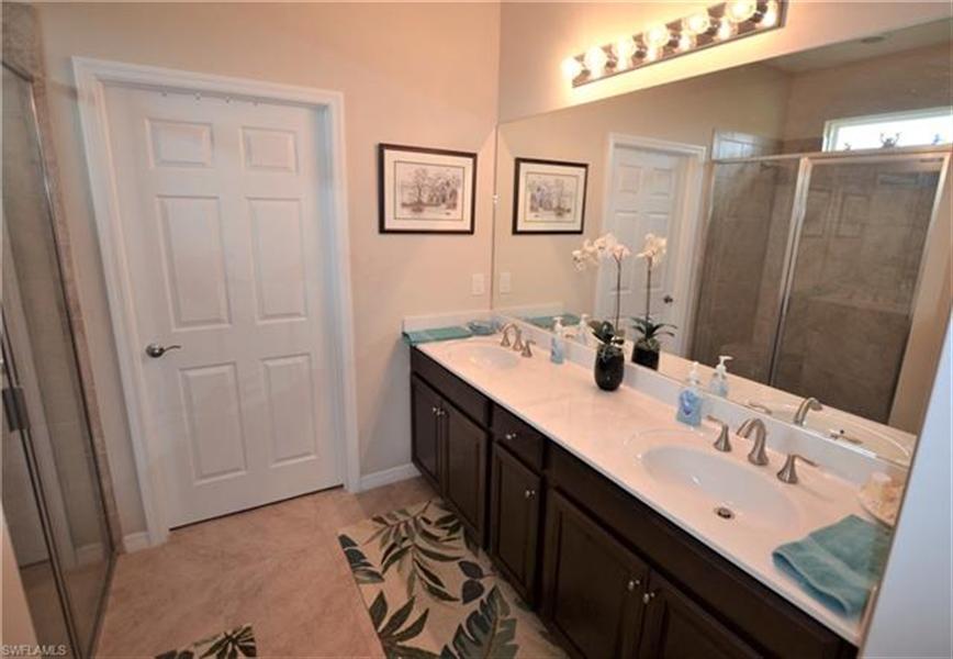 Real Estate Photography - 3236 Birchtree Ln, # 3236, Alva, FL, 33920 - Location 13