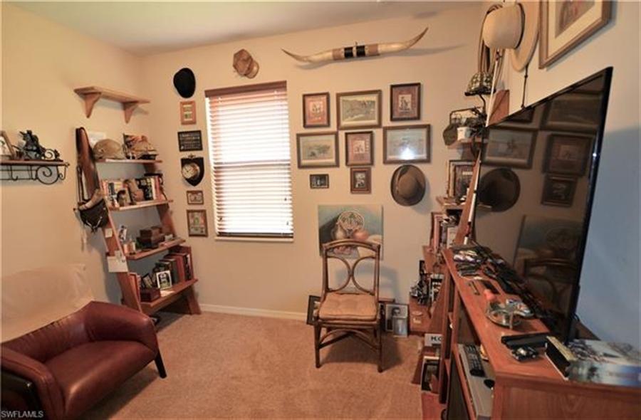 Real Estate Photography - 3236 Birchtree Ln, # 3236, Alva, FL, 33920 - Location 16