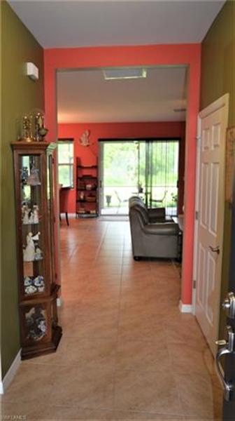 Real Estate Photography - 3236 Birchtree Ln, # 3236, Alva, FL, 33920 - Location 21