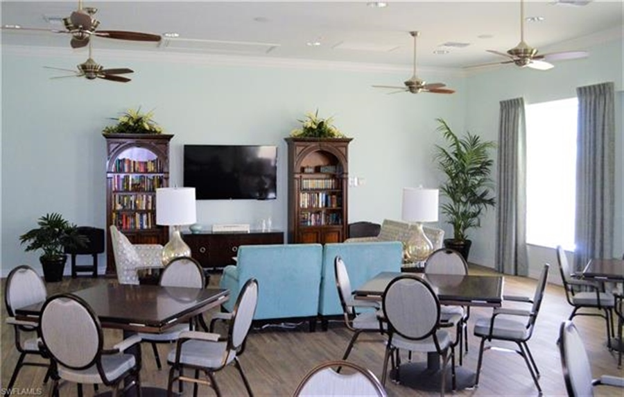 Real Estate Photography - 3236 Birchtree Ln, # 3236, Alva, FL, 33920 - Location 29
