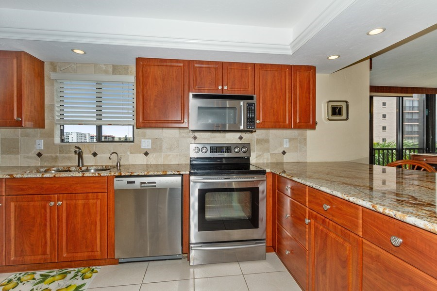 Real Estate Photography - 26171 Hickory Blvd, Unit 4A, Bonita Springs, FL, 34134 - Kitchen