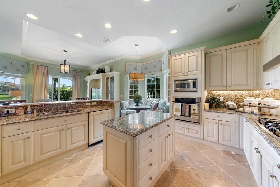 Real Estate Photography - 9284 Menaggio Ct, Unit 102, Naples, FL, 34114 - Kitchen