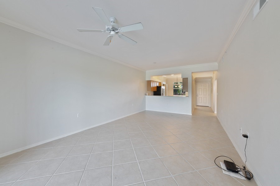 Real Estate Photography - 10285 Heritage Bay Blvd, Unit 825, Naples, FL, 34120 - Great Room
