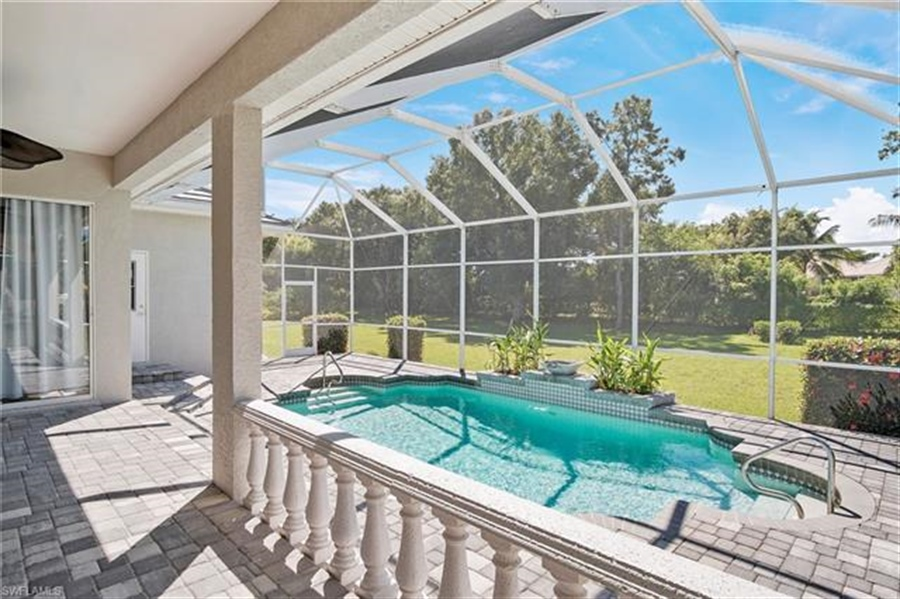 Real Estate Photography - 8811 King Lear Ct, # 8811, Fort Myers, FL, 33908 - Location 4