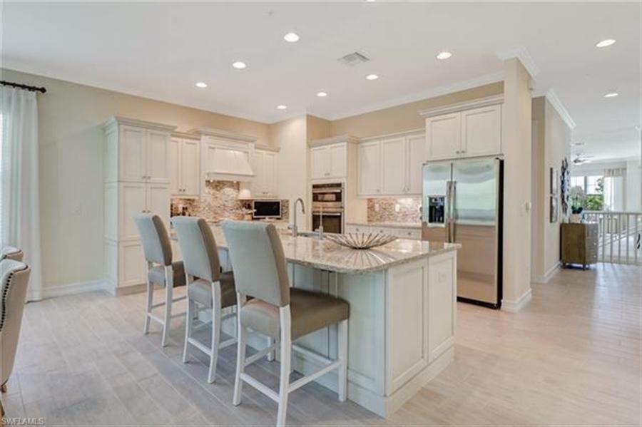 Real Estate Photography - 7829 Hawthorne DR 2004 7829, NAPLES, FL, 34113 - Location 7