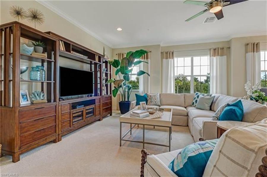 Real Estate Photography - 7829 Hawthorne DR 2004 7829, NAPLES, FL, 34113 - Location 8