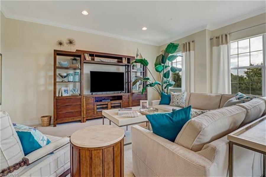 Real Estate Photography - 7829 Hawthorne DR 2004 7829, NAPLES, FL, 34113 - Location 9