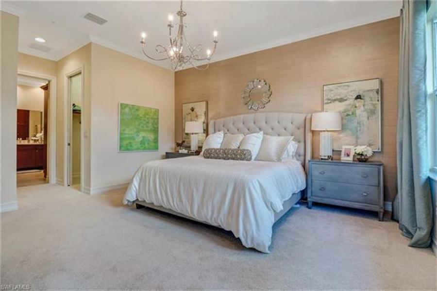 Real Estate Photography - 7829 Hawthorne DR 2004 7829, NAPLES, FL, 34113 - Location 13