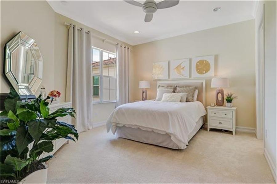 Real Estate Photography - 7829 Hawthorne DR 2004 7829, NAPLES, FL, 34113 - Location 15