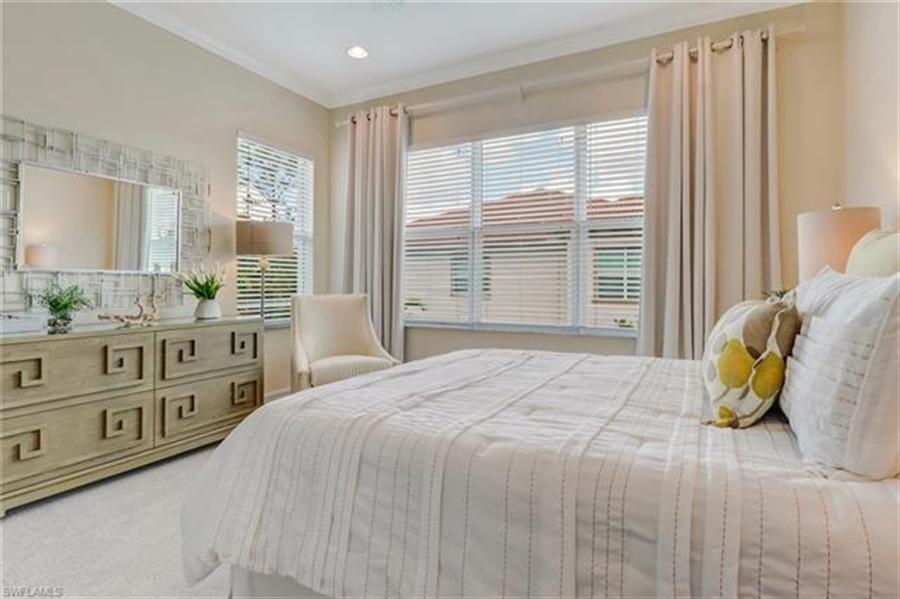 Real Estate Photography - 7829 Hawthorne DR 2004 7829, NAPLES, FL, 34113 - Location 17