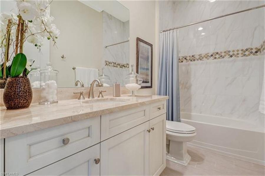 Real Estate Photography - 7829 Hawthorne DR 2004 7829, NAPLES, FL, 34113 - Location 18