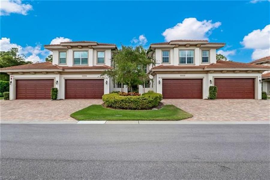 Real Estate Photography - 7829 Hawthorne DR 2004 7829, NAPLES, FL, 34113 - Location 23