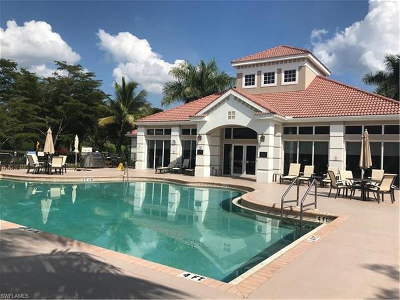 Real Estate Photography - 7829 Hawthorne DR 2004 7829, NAPLES, FL, 34113 - Location 25