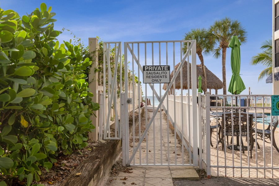 Real Estate Photography - 9400 Gulf Shore Dr #2, Naples, FL, 34108 -