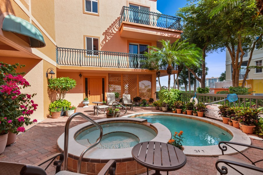 Real Estate Photography - 9400 Gulf Shore Dr #2, Naples, FL, 34108 - Pool