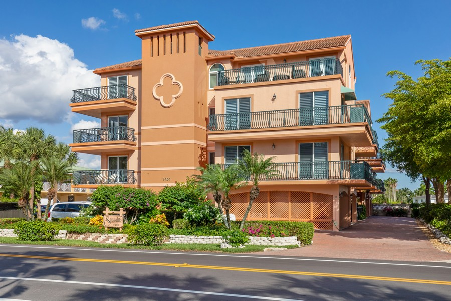 Real Estate Photography - 9400 Gulf Shore Dr #2, Naples, FL, 34108 - Front View
