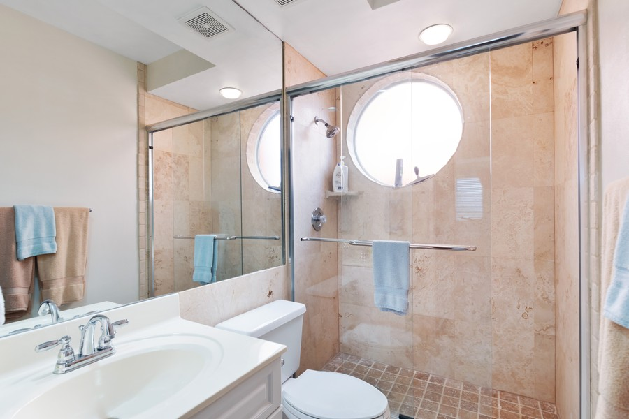 Real Estate Photography - 9400 Gulf Shore Dr #2, Naples, FL, 34108 - 2nd Bathroom