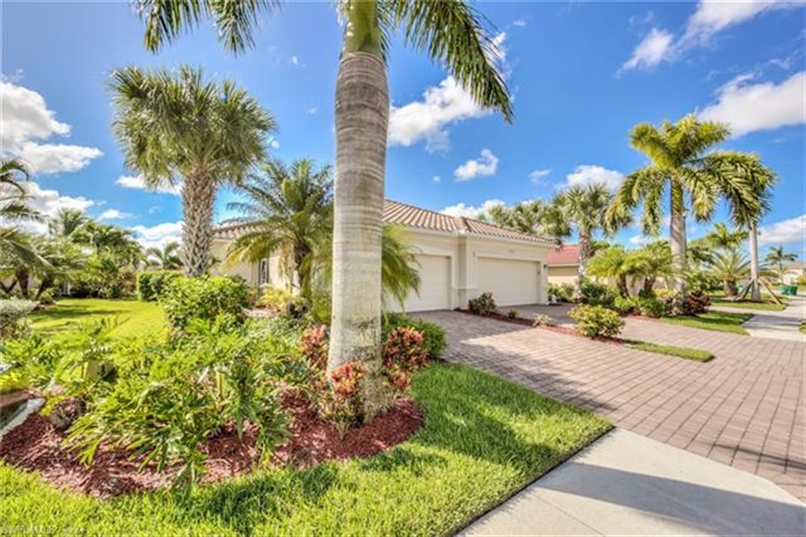 Real Estate Photography - 14692 Cranberry Ct, # 14692, Naples, FL, 34114 - Location 1