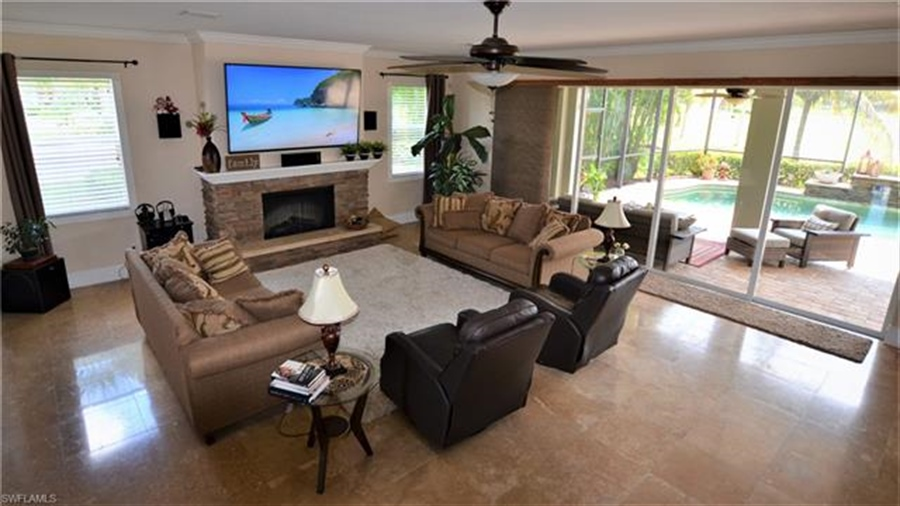 Real Estate Photography - 11857 Lady Anne Cir, # 11857, Cape Coral, FL, 33991 - Location 4