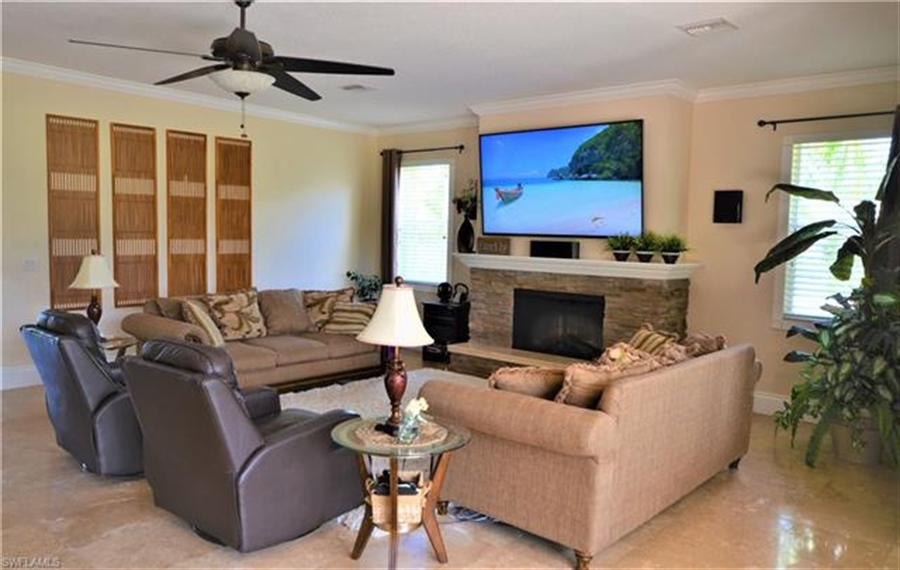 Real Estate Photography - 11857 Lady Anne Cir, # 11857, Cape Coral, FL, 33991 - Location 5