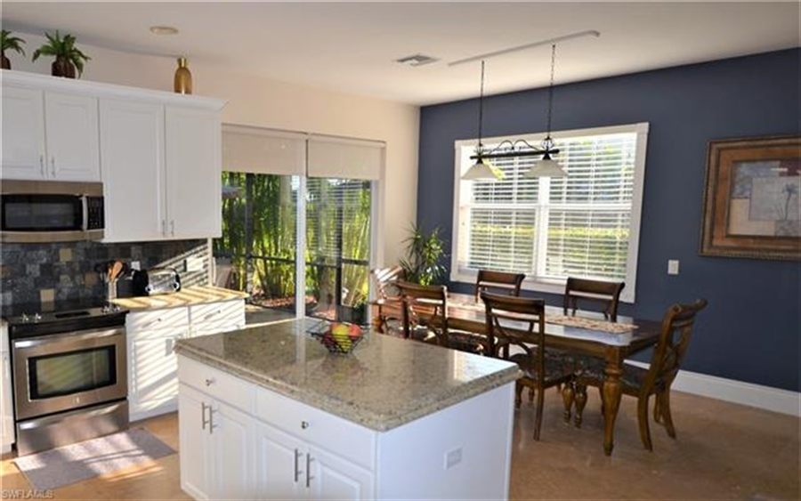 Real Estate Photography - 11857 Lady Anne Cir, # 11857, Cape Coral, FL, 33991 - Location 6